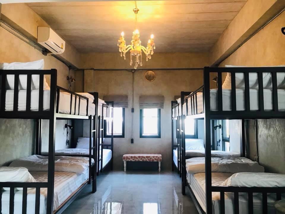 La Malila Cafe And Hostel Room4