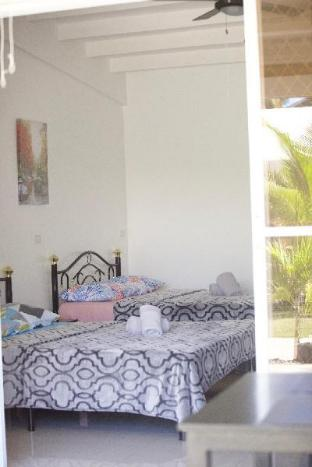 picture 2 of Mirka's GuestHouse Apartment 2