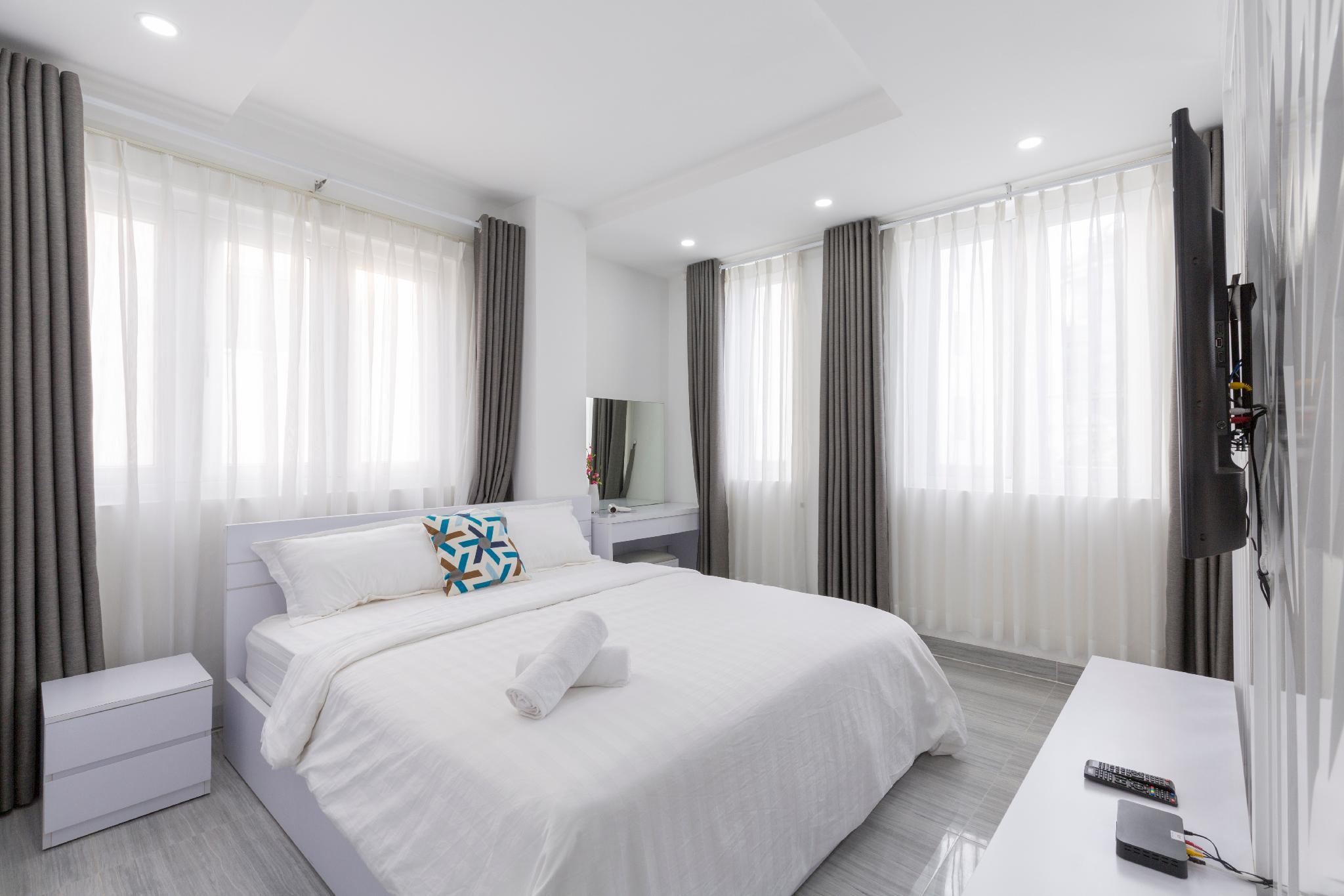 New Glamorous Apt In Central HCMC No.1