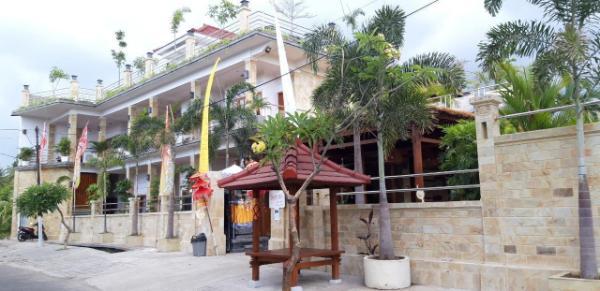 Grand Raka Homestay Bali