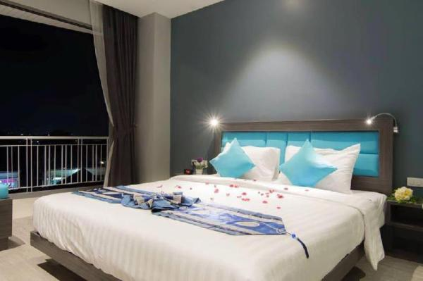 The Blue Phuket Grand Deluxe sea and mountain view Phuket