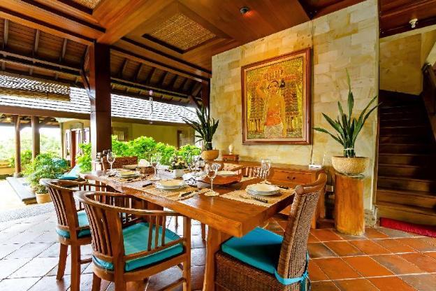 Tropical private Pool Villa near beaches, 3BR WiFi
