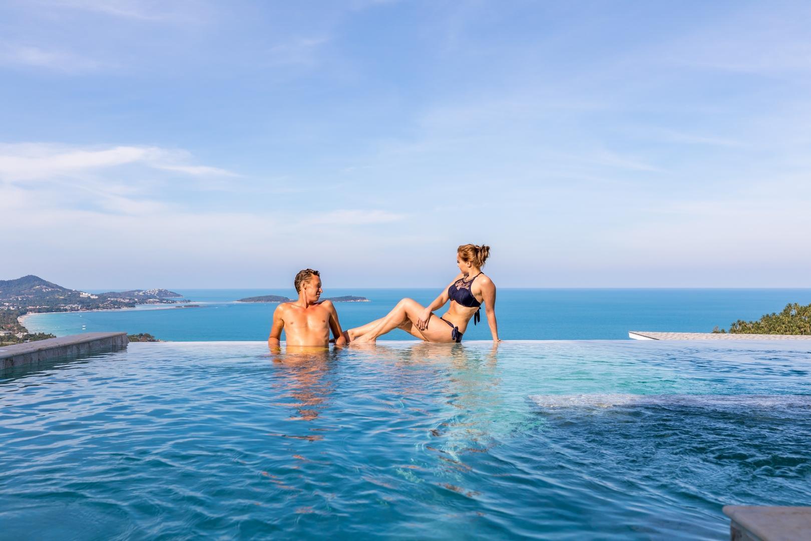 Chaweng Noi Luxury Morden Style 4 BR Dream Villa