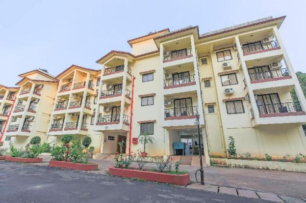 2 BHK with a pool and swim-up bar/70613 Goa