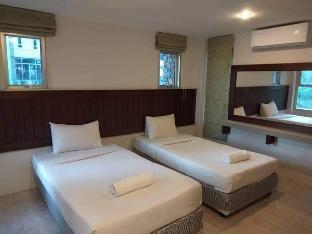 [ムアンナコーンナヨック]一軒家(150m2)| 4ベッドルーム/4バスルーム Chomtawan 6 Pool Villa & Karaoke