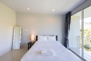 [カトゥー]一軒家(300m2)| 5ベッドルーム/6バスルーム 5 bed/bath villa, 14 people,  7 kms Patong beach