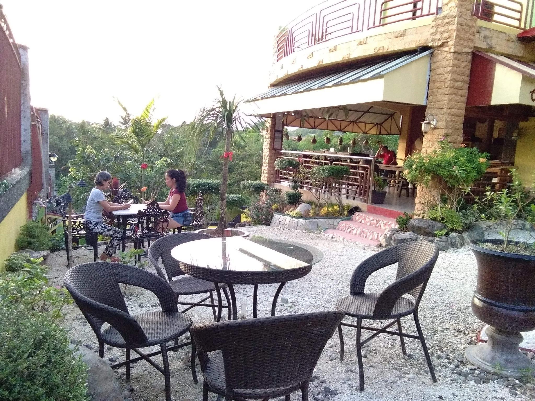 Cafe DArcey & Residences  Penthouse