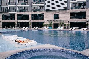 picture 5 of U1206 Modern Flat in the Best location in Makati