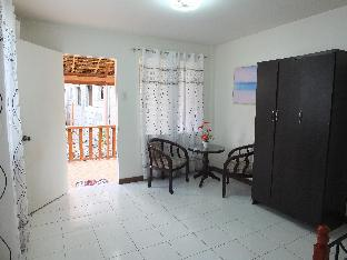 picture 2 of Apartment With Kitchen Near the Sea