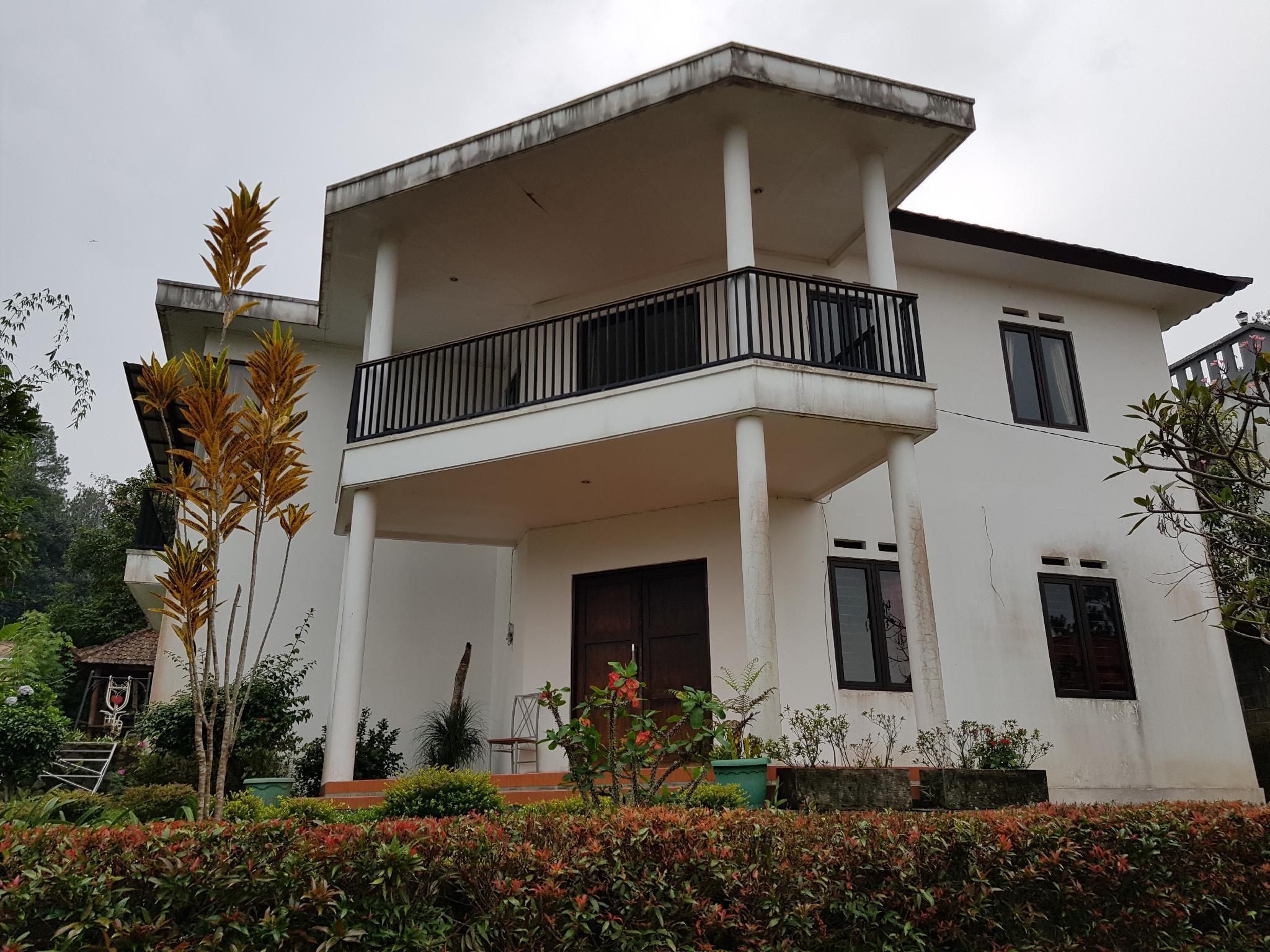 DIASTI Villa