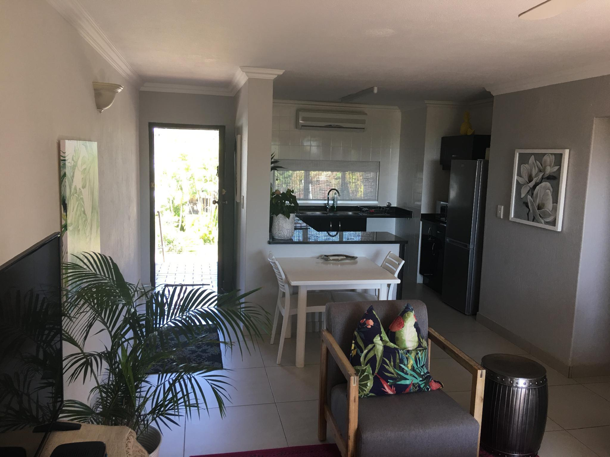 Modern Apartment In The Heart Of Umhlanga