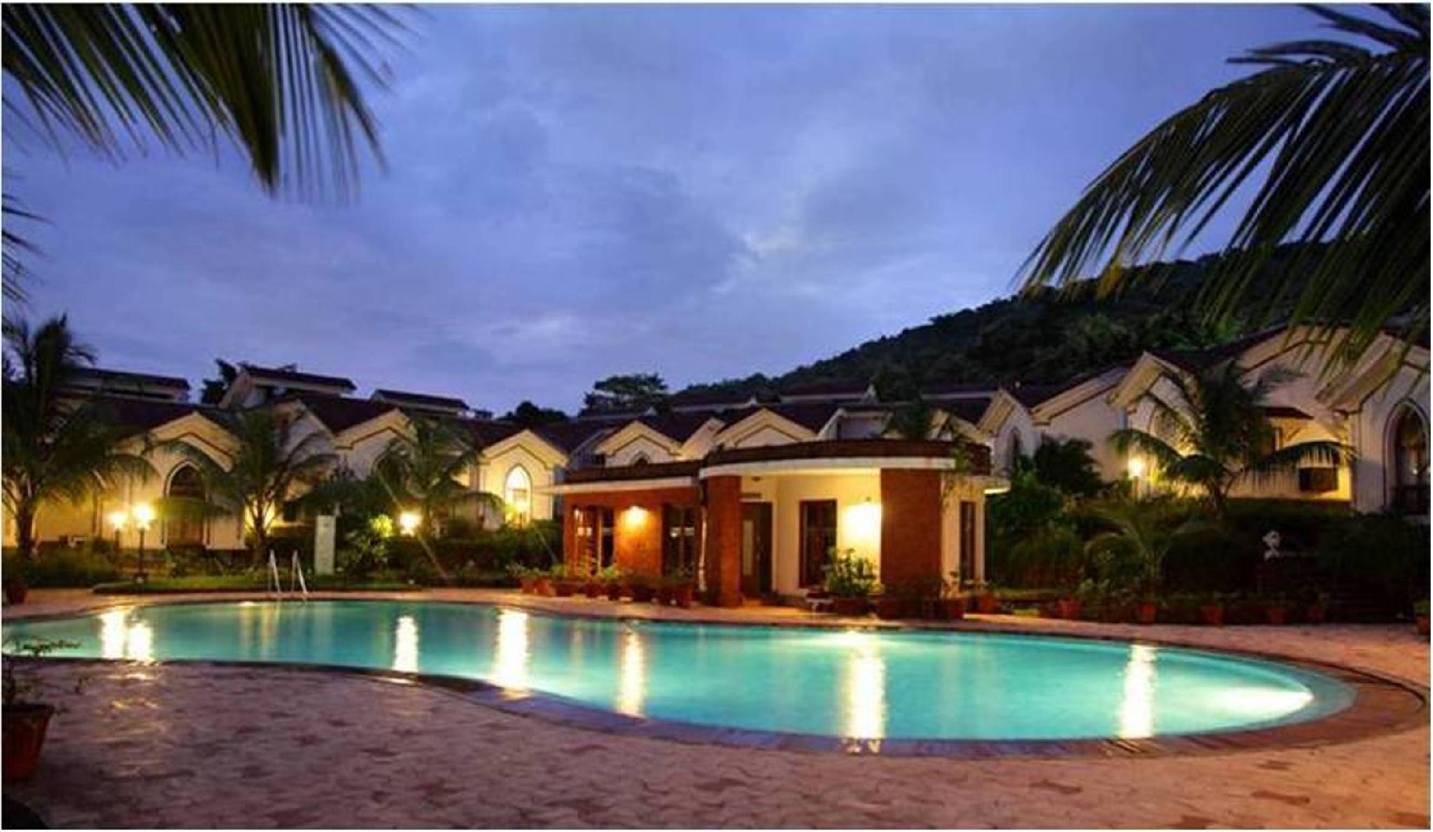 Riviera Foothills 2 Bedrooms Condo Nr Club Cubana