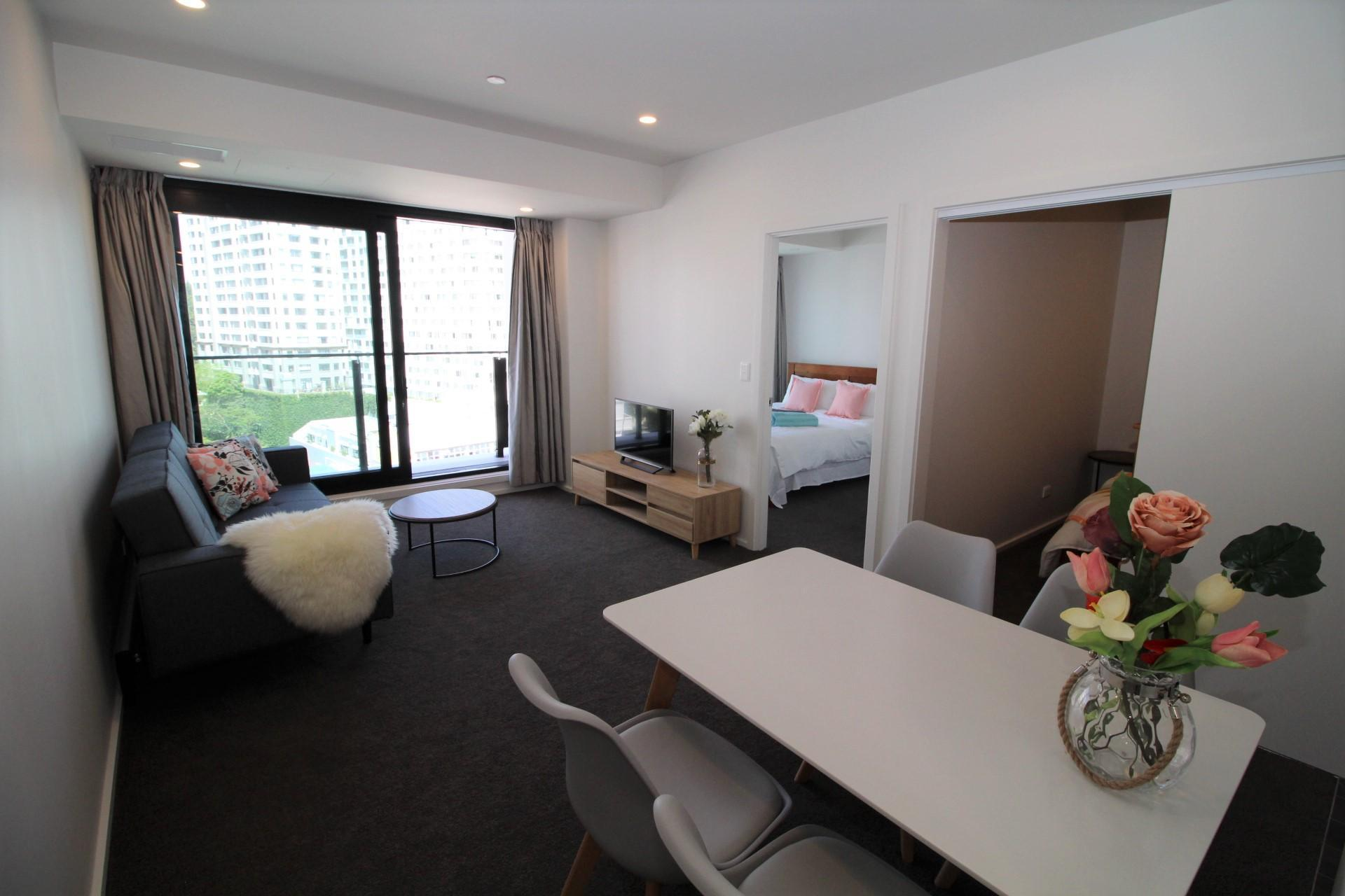 Brand New Immaculate Apt Near Harbour