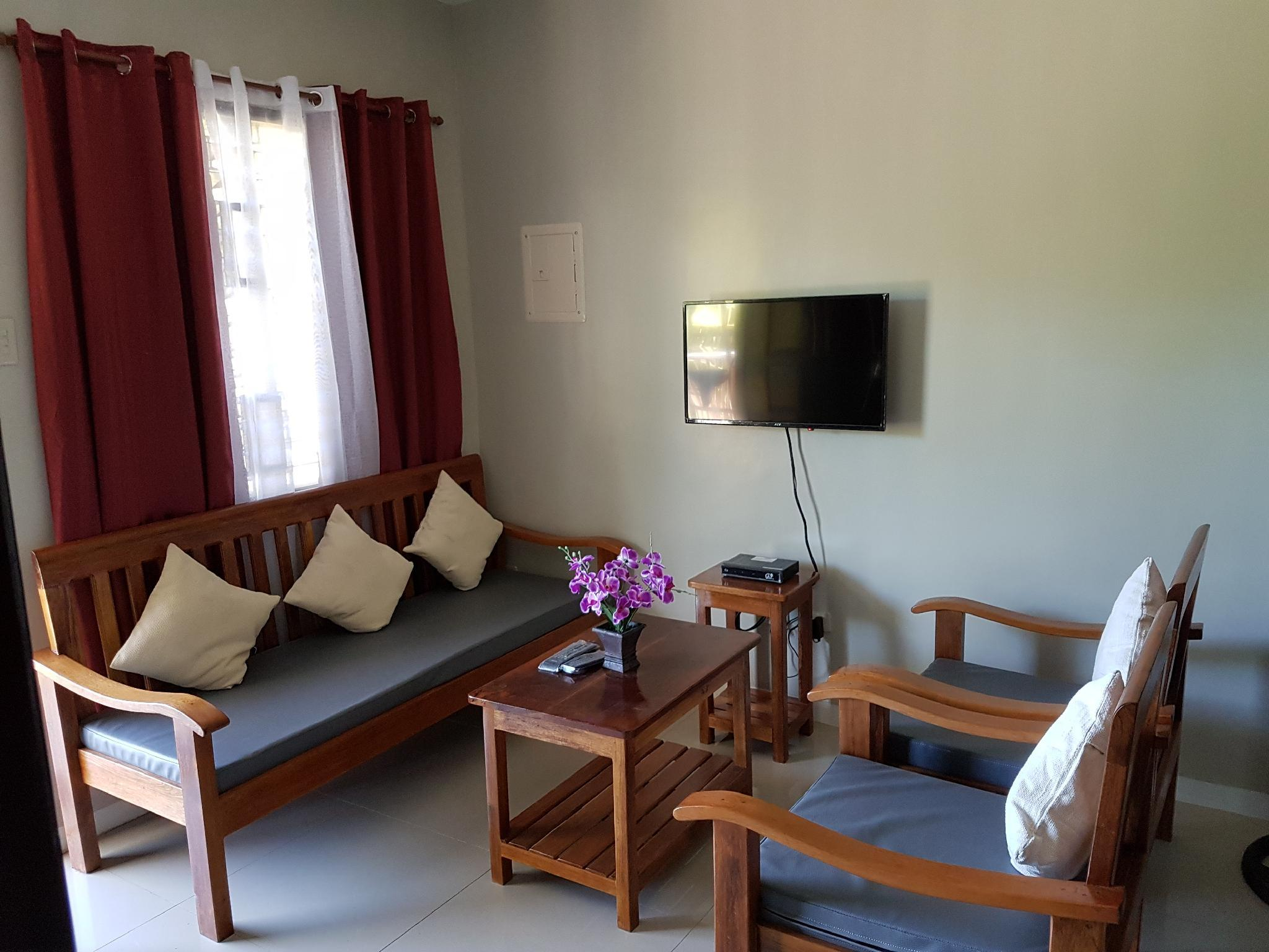 2-Bedroom Fully Furnished unit ideal up to 6 pax