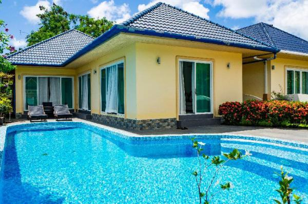Villa Tanya, 3 Bed with Private Pool & Jacuzzi Phuket