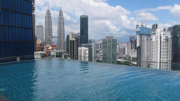 KLCC View Stylish Apartment with Infinity Pool Kuala Lumpur