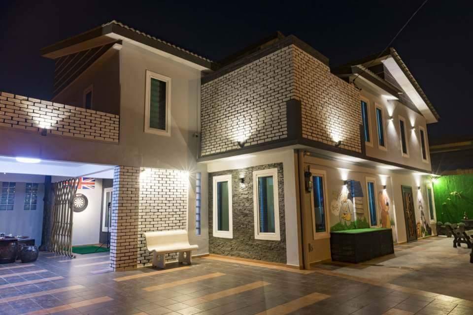 Leisure Boutique Villa By Verve  21 Pax  EECH12