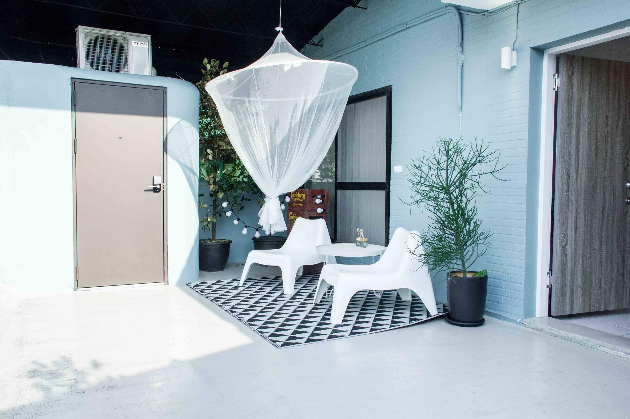 Nordic Style Apartment With Roof Terrace