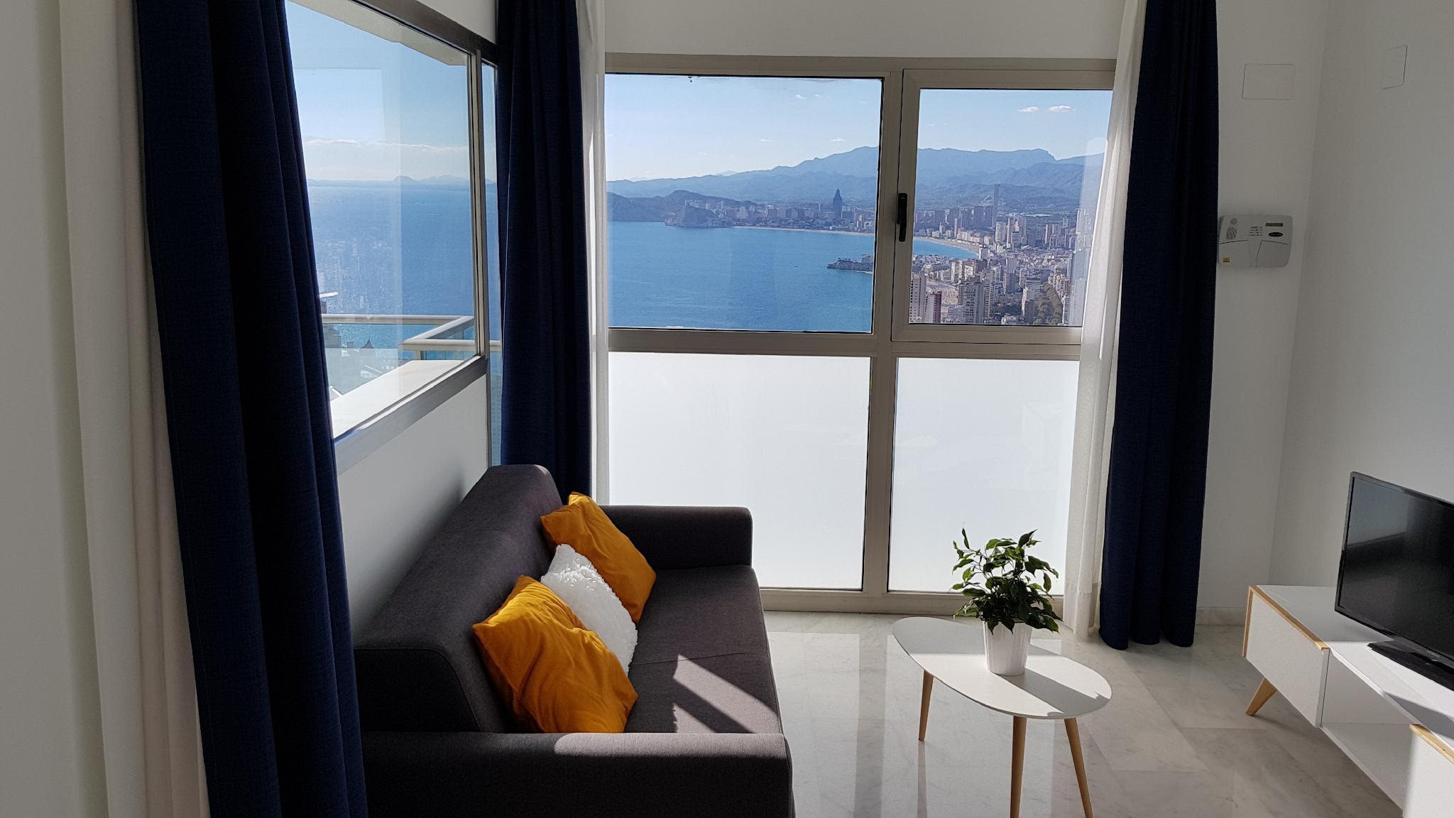 One bedroom Apartment On The 34th Floor