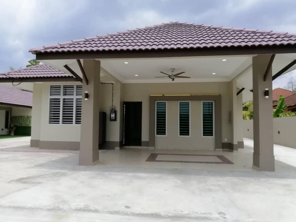 3 Bungalow House (Rent Room only) Kuala Pilah 2302
