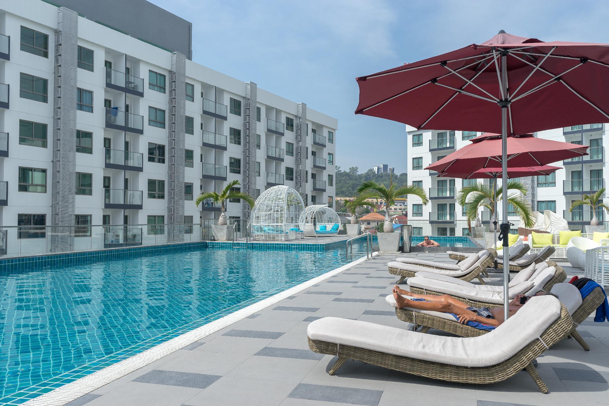 Arcadia Beach Resort Escape