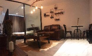 [スクンビット]アパートメント(35m2)| 1ベッドルーム/1バスルーム Rustic wooden room in Ekkamai