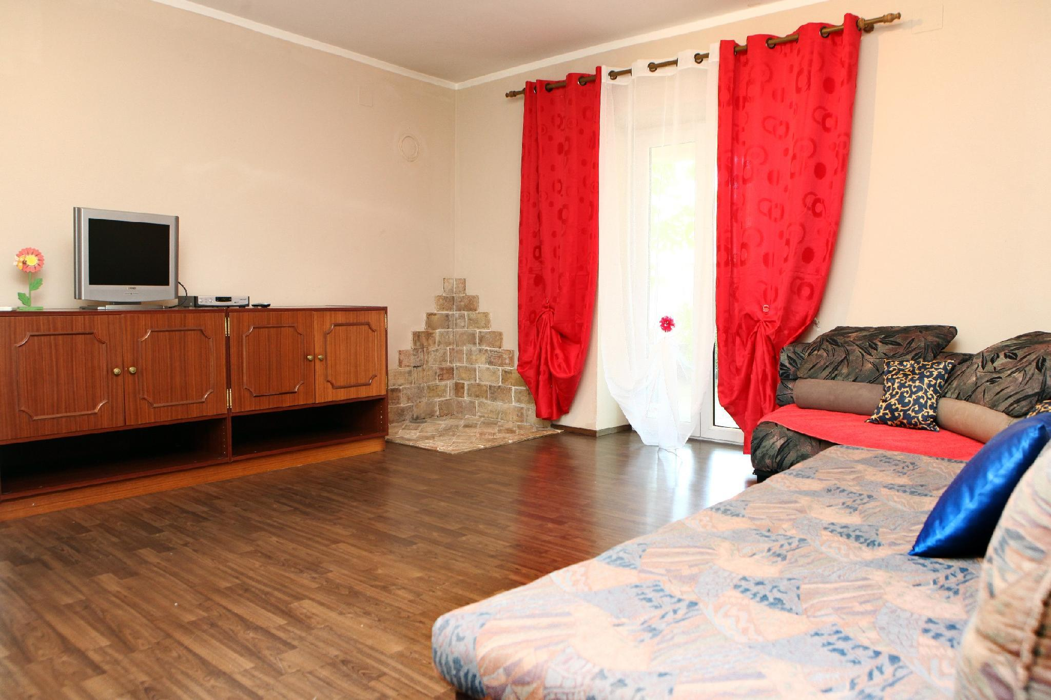 Two Bedroom Apartment With Private Terrace ST1