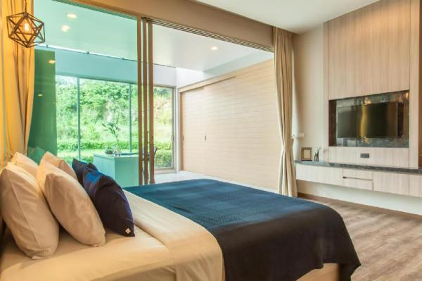 Pool Access 1 bedroom at karon 105 Phuket