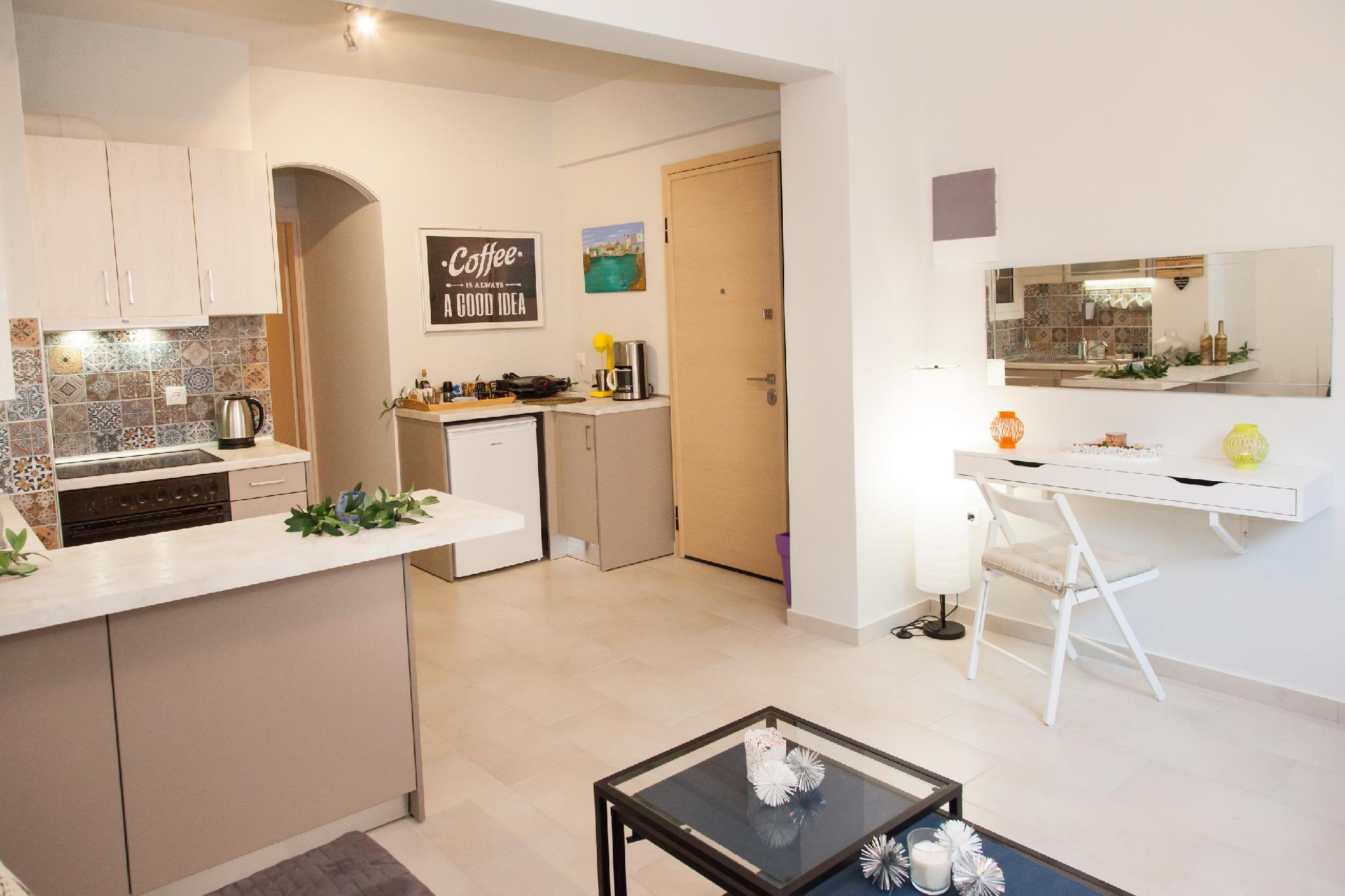 Charming Apartment In Mets Central Athens