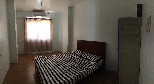picture 5 of Sandra's Apartment