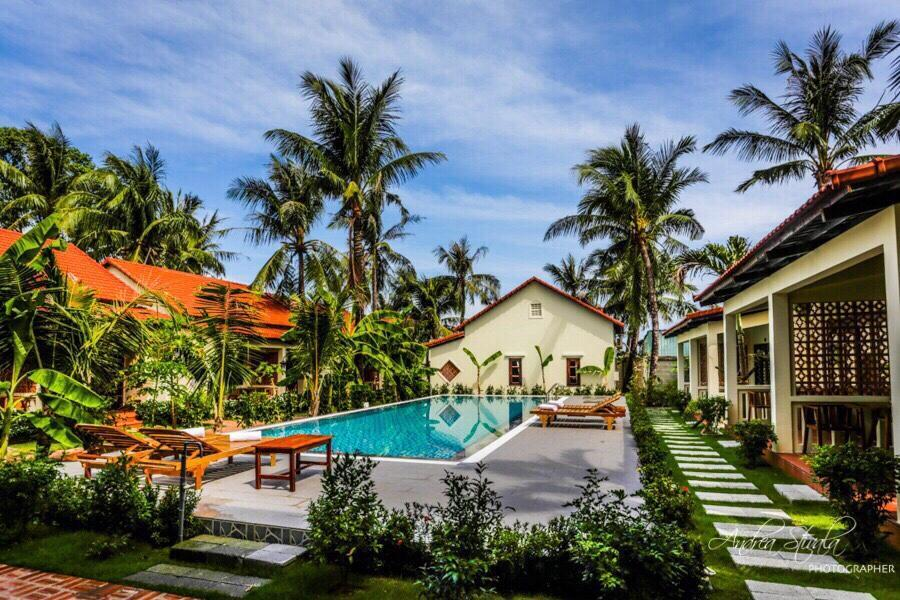 Phu Quoc Bungalow With Peaceful Beach