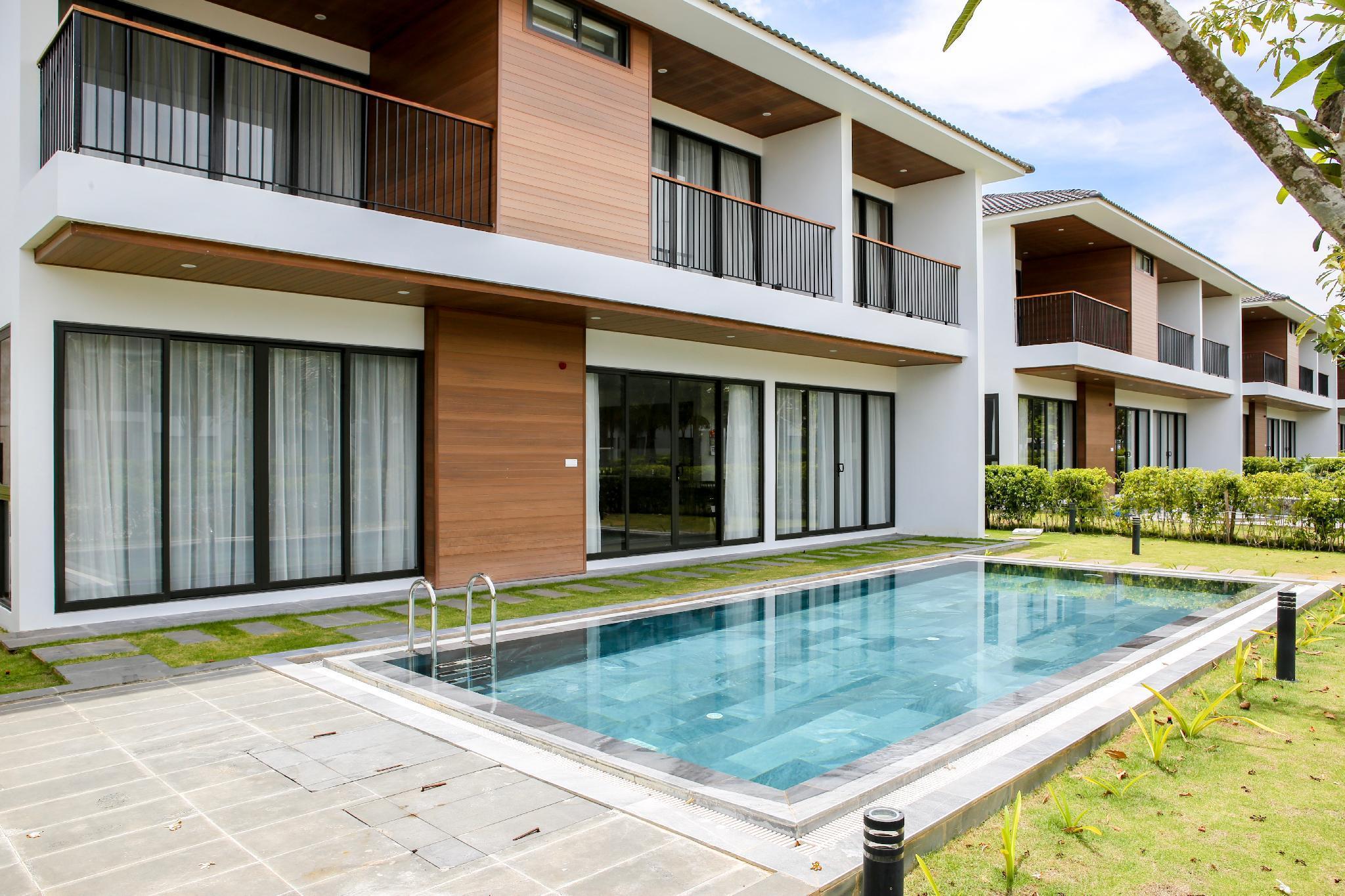 M Villas Beach Side 4 BR Villa W A Private Pool