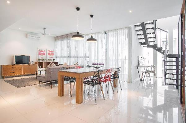 B1403 · Unique Private Penthouse @ Damansara Jaya Kuala Lumpur