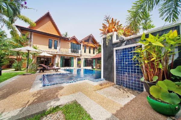 BangTao Tara 3 | Spacious 4 BR Pool Villa n/ Beach Phuket