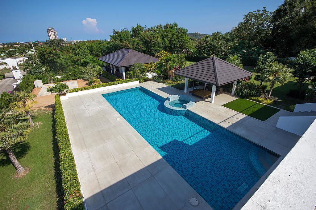 Wogan House   Villa And Resort