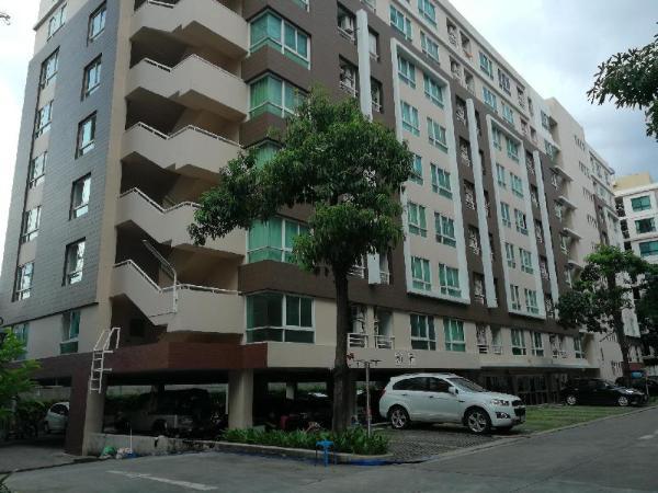 Comfy One-Bedroom Apartment  Bangkok