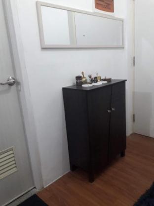 picture 3 of Fully furnished condominium unit in Makati.