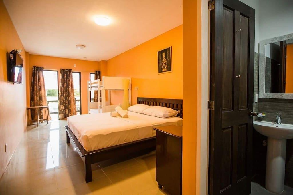 New Room For 4 5 Min To Alona Beach And Nightlife
