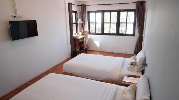 Friendly Twin Room Chiang Mai