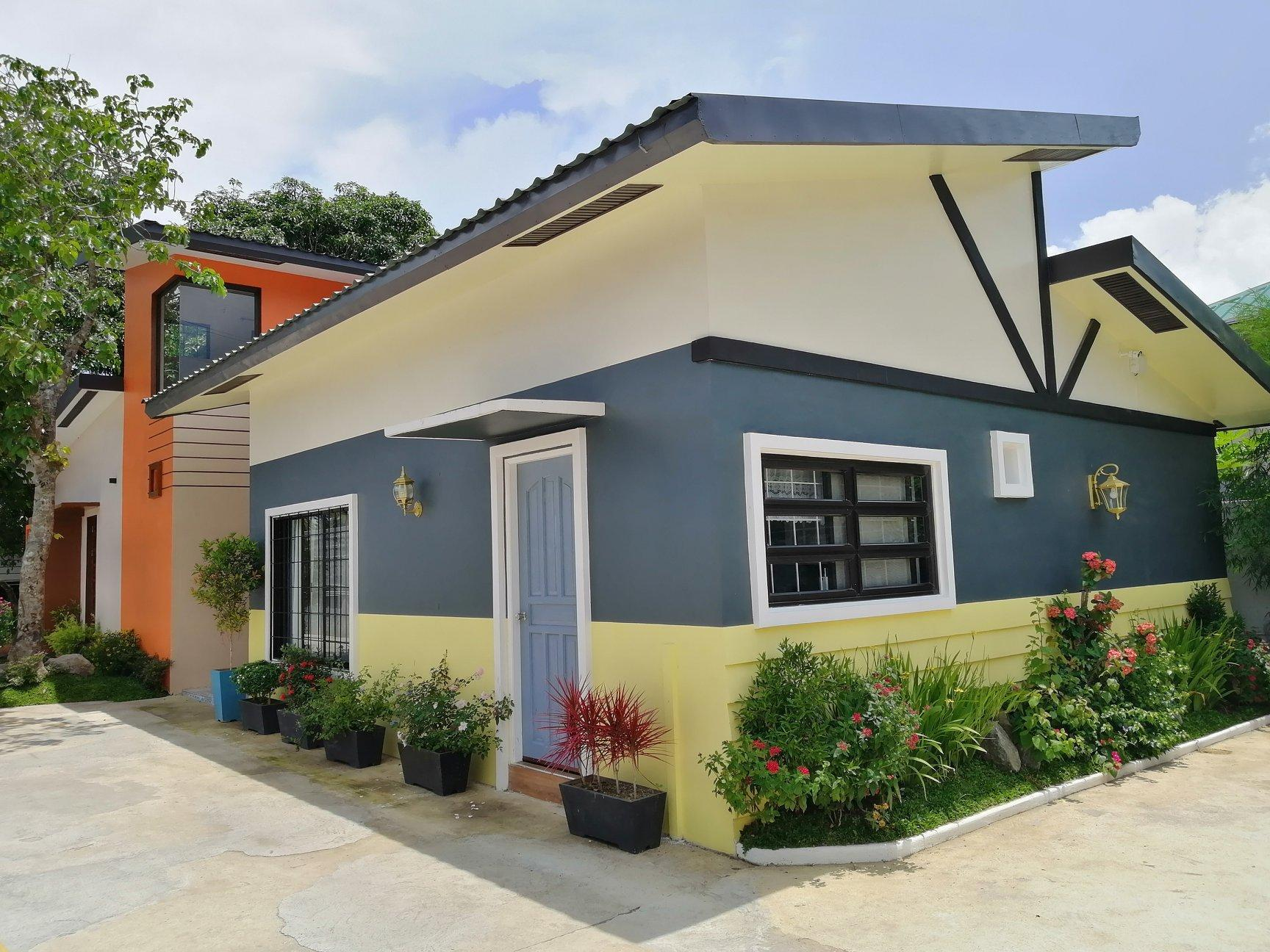 Jayvee's House in Tagaytay City by BR (7pax)