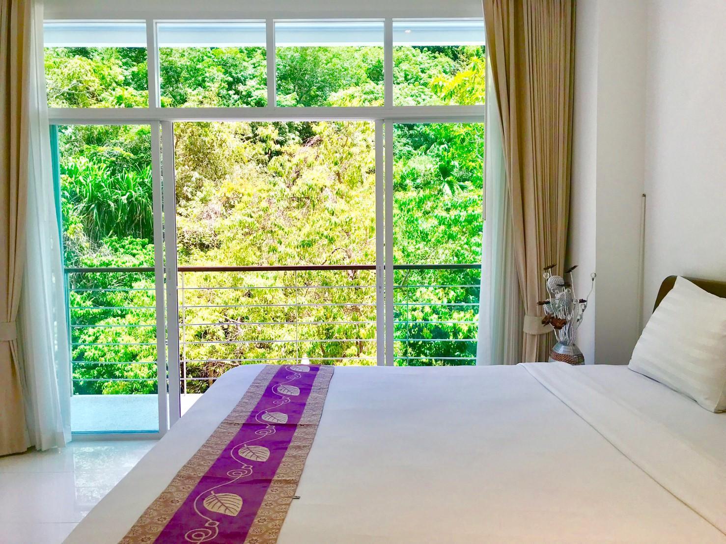 One Bedroom  Mountain View In Kamala Falls C1-16