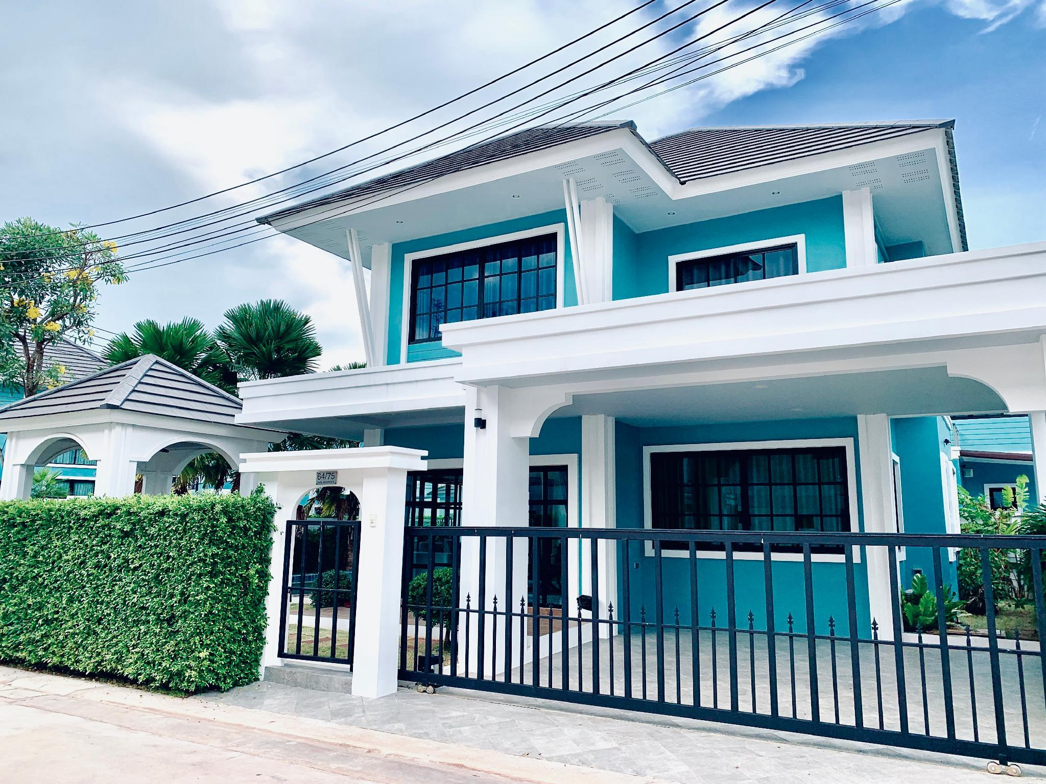 4 BR With Private Pool At Park Residence 64 75