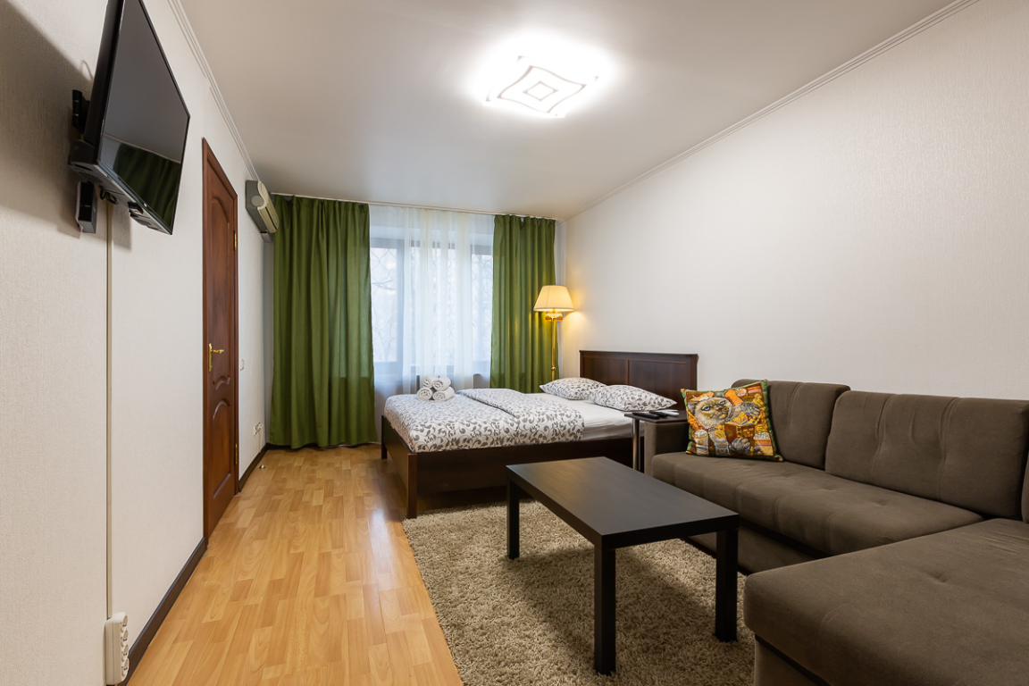 Daily One Bedroom With Euro Renovation