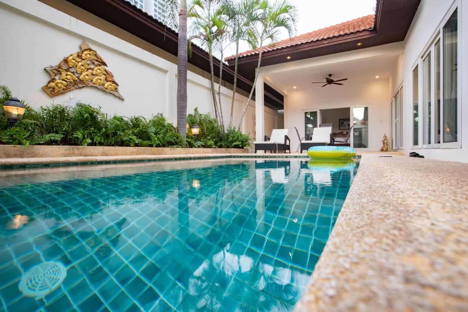 beachfront 3 bedroom Majestic pool villa วิลลา 3 ห้องนอน 2 ห้องน้ำส่วนตัว ขนาด 200 ตร.ม. – เขาพระตำหนัก