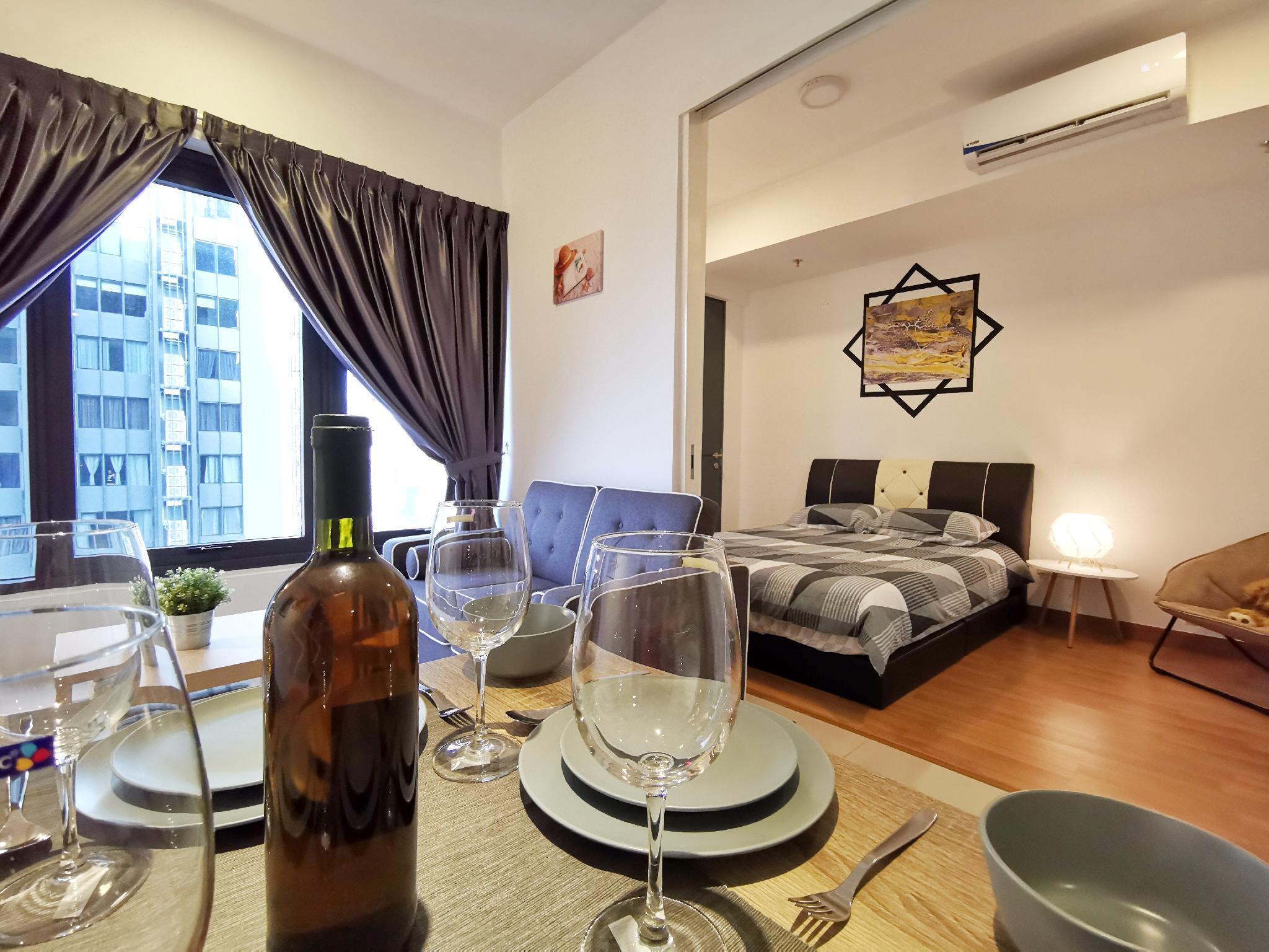 Exquisite 2 Bedroom CityView Suite 3@Tropicana218