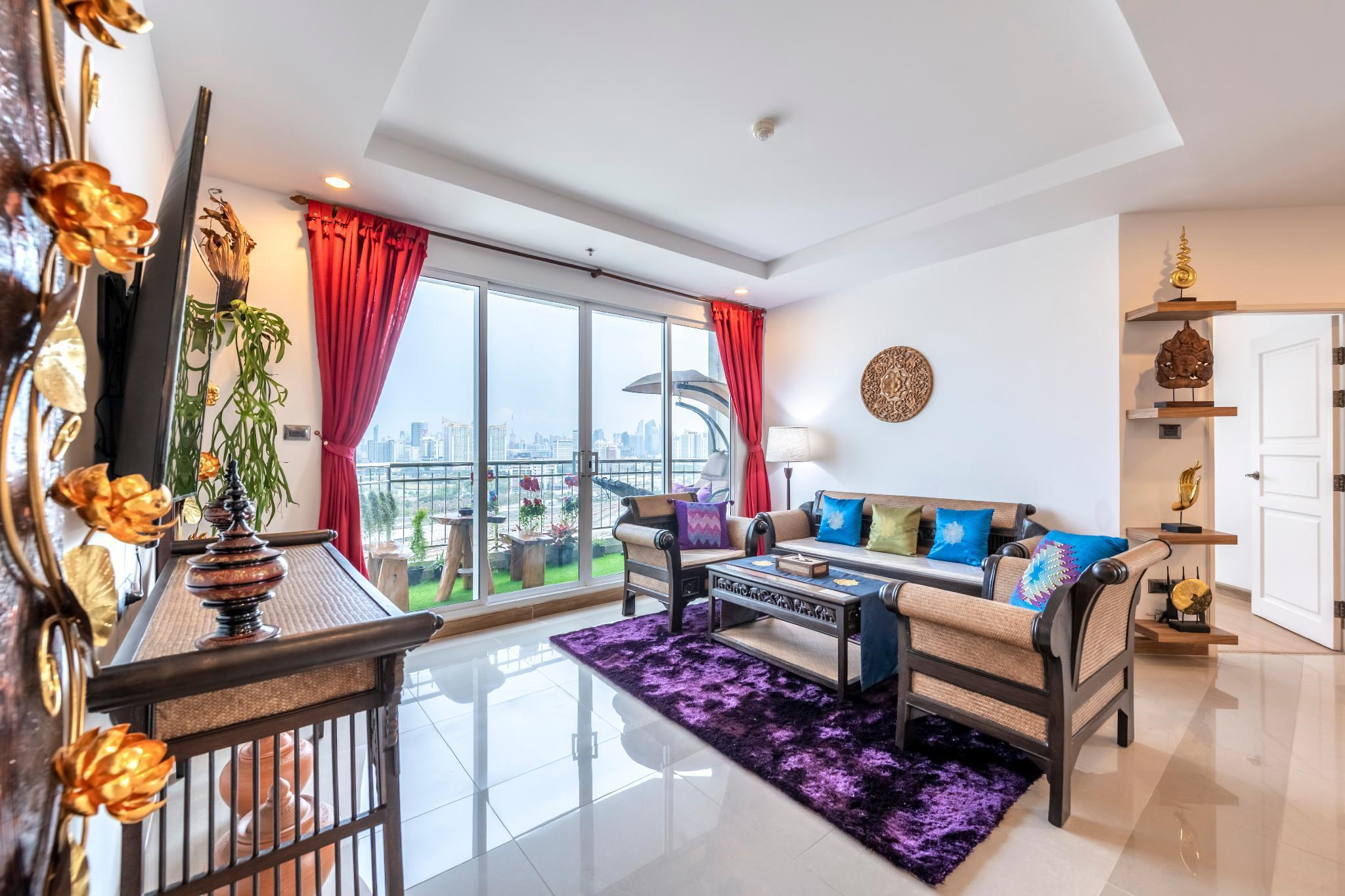 """YULI优丽""豪华公寓民宿 YULI Luxury Apartments อพาร์ตเมนต์ 3 ห้องนอน 3 ห้องน้ำส่วนตัว ขนาด 145 ตร.ม. – รัชดาภิเษก"