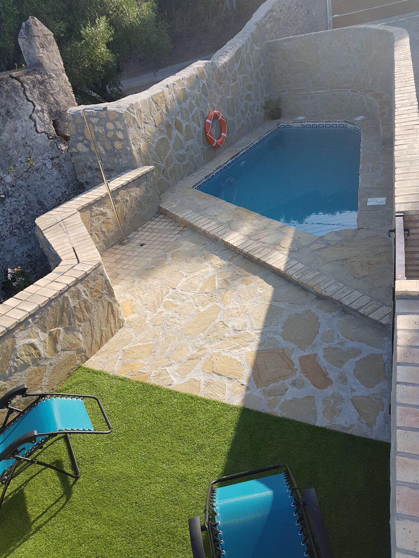 Casas De Piedra Con Piscina 1