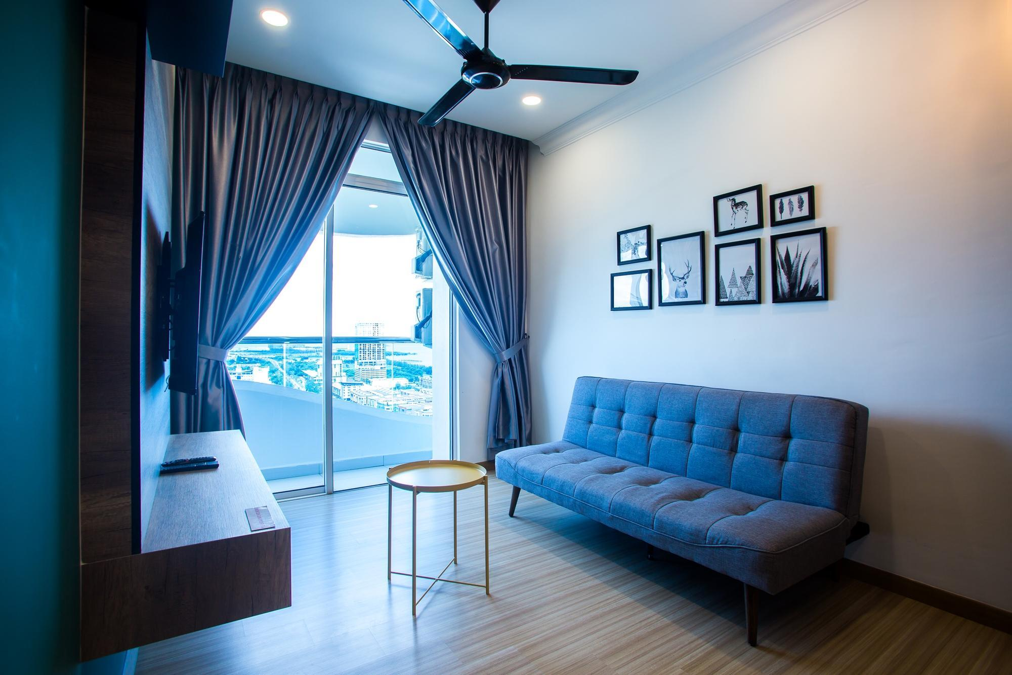 The Wave Malacca 2BR Suites W Pool View  TW232