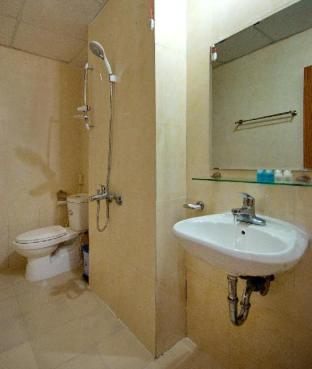 Фото отеля Cheap Apartment at Great Location-3922