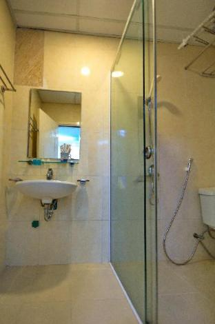 Фото отеля Cheap Apartment at Great Location (1 bedroom) 3606